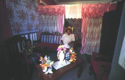 Ha ti cap ha tien interieur d 39 une maison creole et sa for Acheter une maison en haiti